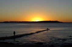 Cae el sol en Punta del Este.Uruguay.