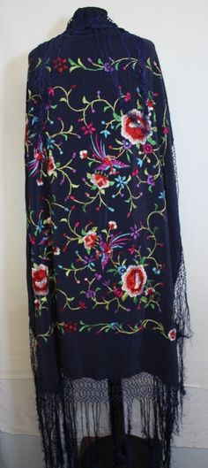 Vtg Navy Blue Embroidered Piano Shawl Tassel Fringe Scarf Jacket Kimono Hippy