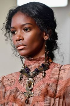 The Spring/Summer 2017 Plait Directory - For the true romantic, Valentino's extra-long loose plaits were fastened low at the nape of the neck, whilst stray strands of hair around the face made for a pretty, youthful look. Medium Curly, Medium Hair Styles, Curly Hair Styles, Hair Medium, Hairstyles Over 50, Braided Hairstyles, Anime Hairstyles, Stylish Hairstyles, Hairstyles Videos