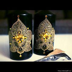 Černé svíčky • zdobené zlacenou dekorací