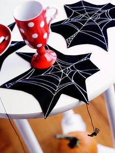 Creepy-Crawly Spider Crafts for Halloween