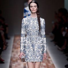 http://www.popsugar.com/fashion/Valentino-Review-Fashion-Week-Fall-2013-28392278#photo-28392278