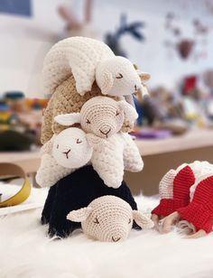 Chat Crochet, Crochet Motifs, Crochet Baby, Wool Thread, Crochet Animals, Origami, Baby Knitting, Quilling, Hobbies And Interests