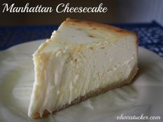 Manhattan cheesecake recipe sweets dessert treat recipe chocolate marshmallow party munchies yummy cute pretty unique creative food porn cookies cakes brownies I want in my belly ♥ ♥ ♥