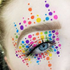 Rainbow dotted eye makeup - photos and videos from Maja Beske ( Goth Makeup, Clown Makeup, Costume Makeup, Makeup Art, Halloween Makeup, Beauty Makeup, Drugstore Beauty, Mac Makeup, Makeup Tumblr