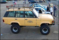 High sight! Custom Range Rover, Jimny 4x4, Range Rover Off Road, Range Rover Classic, Suzuki Jimny, Off Road Adventure, Suv Cars, Land Rover Discovery, Offroad
