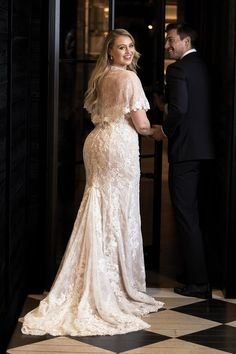 Best Wedding Dresses Fit And Flare Plus Size Bridal Gowns Ideas Wedding Dress Empire, Fit And Flare Wedding Dress, Boho Wedding Dress, Maternity Wedding, Lace Wedding, Luxury Wedding, 40s Wedding, Gothic Wedding, Casual Wedding