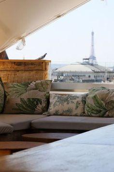 Les plus beaux rooftops de Paris pour boire un verre | GQ France Resto Terrasse Paris, Tour Saint Jacques, Coffee In Paris, Paris Restaurants, Rooftop, Gq, Ciel, Restaurant Restaurant