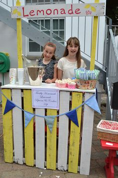Kids Lemonade Stand at the Secret Garden Vintage & Handmade Craft Fair
