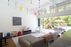 Early Eichler addition / remodel great room