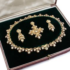 Late Georgian/Early Victorian Chrysoberyl And Gold Filigree Parure