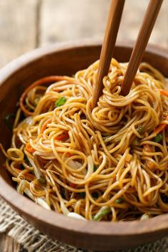 Soy Sauce Noodle Stir Fry Recipe with Carrots, Bean Sprouts, and Green Onions