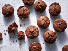 Baby Chocolate Cakes