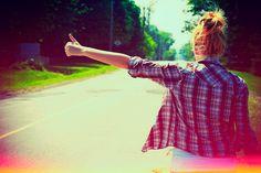 Você é mulher evai pedir carona? Dá uma lida nas dicas que temos no blog pra pedir carona com mais segurança.  https://viagensdacapitolina.blogspot.com.br/2016/07/como-pedir-carona-na-estrada-10-dicas-5.html