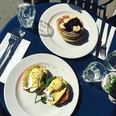 Gorgeous sunny morning!  Being treated to al fresco breakfast by my bestie  @bobscafes #goodmorning #breakfast #brunch #weekendbrunch #weekend #eggsbenedict #pancakes #bestfriends #girly #girlytime #friendsforever #birthdayweekend