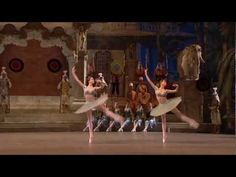 Gamzatti and Solor Pas d'Action (entrance around Bolshoi Ballet, Ballet Dance, La Bayadere, Ballet Performances, Ballerina, Action, Group Action, Dance Ballet, Ballerina Drawing