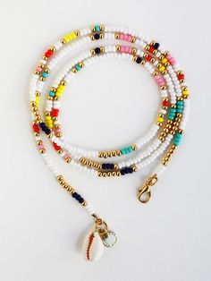 Shell Choker, Cowrie Shell Necklace, Hippie Layered Necklace – Most Beautiful Necklaces Seed Bead Jewelry, Diy Jewelry, Beaded Jewelry, Jewelery, Handmade Jewelry, Beaded Bracelets, Jewelry Ideas, Jewelry Making, Making Bracelets