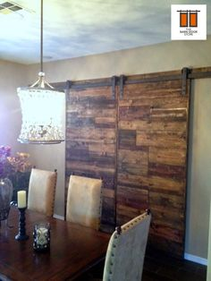 ARIZONA BARN DOORS: Horizontal Mixed Plank Blend Barn Door