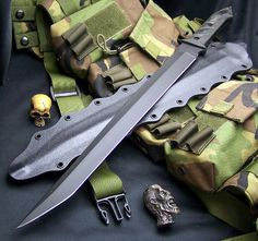 Iowa State Pocket Knife Laws: Know The Laws Governing Pocket Knives in Iowa first. Before buying a pocket knife in any state in the USA, know the laws Tactical Katana, Tactical Knives, Tactical Gear, Knives And Tools, Knives And Swords, Zombie Guns, Zombie Life, Self Defense Weapons, Cl Shoes