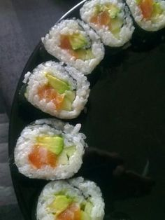 I have been meaning to try and make sushi forever now. One Christmas I put together a basket of fun things to make sushi with, for my da. Sushi Donuts, Sushi Cake, Sushi Party, My Sushi, Top Recipes, Asian Recipes, Cooking Recipes, Avocado, Home Food