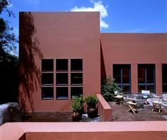 Casa Framboyanes by late mexican architect Ricardo Legorreta