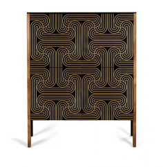 This loop cabinet was designed by Nell Beale and her UK-based atelier Coucou Manou. 2250,- euro