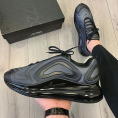 Apr 2020 - Top quality 720 running shoes total eclipse sunset northern lights day Night Be True mens womens Neon throwback future designer sneakers Nike Air Force, Nike Air Max, Air Force 1, Air Max Sneakers, Shoes Sneakers, Yeezy Sneakers, Training Shoes, Sports Shoes, New Shoes