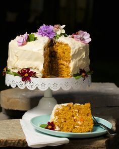 Who doesn't love a fabulous carrot cake? This recipe, from The Silver Palate is my all-time favorite and I whip it up at least a few times a year. I made it this weekend for my mother's bir… Silver Palate Carrot Cake Recipe, Silver Palate Cookbook, Dessert Recipes, Desserts, Celebration Cakes, Cupcake Cakes, Cupcakes, Vanilla Cake, Baked Goods