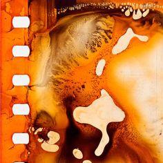 Film Photography, Amazing Photography, Film Texture, Alternative Photography, Anamorphic, Diy Wallpaper, Lomography, Illustration Sketches, Graphic Design Art