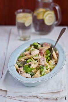 Těstoviny s kuřecím masem a hermelínem Gnocchi, Pasta Salad, Penne, Potato Salad, Food And Drink, Cooking Recipes, Potatoes, Homemade, Meat
