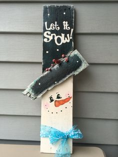 Snowman hand painted from pallet