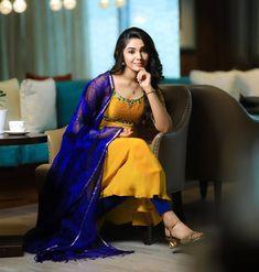 Krishna Tattoo, Baking Soda Teeth, Most Beautiful Bollywood Actress, Fresh Image, Actor Photo, Girlfriends, Sari, Wallpapers, Actresses