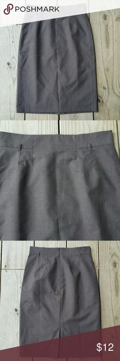 Ann Taylor pencil skirt Wool/poly blend, size 2, lined brown Ann Taylor Skirts Pencil