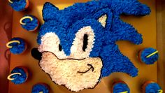 Sonic, Sonic the Hedge Hog, Pull-a-part cupcake cake.  Sugarush.
