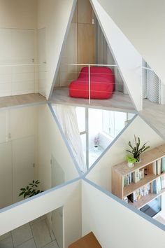 House with a Hexagonal Void in Architecture