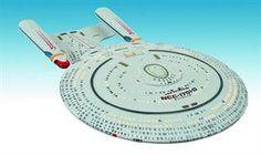 Diamond Select Toys and Collectibles, LLC - Star Trek TNG Enterprise D Electronic Ship