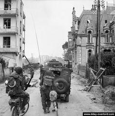 Photos de Sword Beach le Jour J - Débarquement de Normandie - 6 juin 1944…