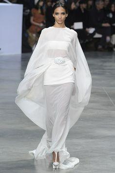 stephane rolland dresses   Flowy white cocoon dress @ Stéphane Rolland Spring Summer ...   Tren ...