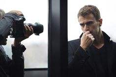 Well, hello, Theo James, don't you smell nice . . . http://vnty.fr/1JR7j0u
