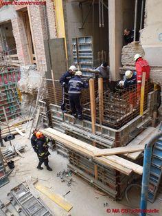 Abgestürzter Bauarbeiter #feuerwehr #wien #firefighter #vienna