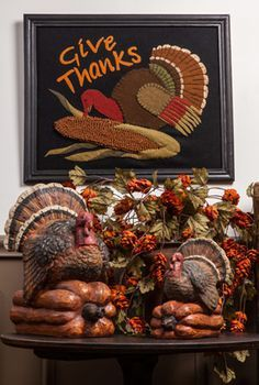 Posted to FB fall collection-Love the turkeys. I need to find some beautiful turkeys like these. Thanksgiving Blessings, Thanksgiving Tablescapes, Thanksgiving Turkey, Thanksgiving Decorations, Happy Thanksgiving, Thanksgiving Celebration, Thanksgiving Recipes, Peru, Harvest Season