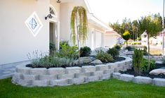 Megastone 100 rundhuggen mur från Benders | Allt i Sten Sidewalk, Landscape, Flowers, Plants, Google, Gardening, Landscaping, Garden, Rockery Garden