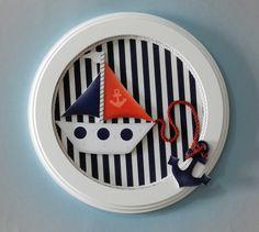 PORTA MATERNIDADE EM MDF  COM TECIDO E APLIQUE EM MDF.  MEDIDA: 26 cm x 26 cm  NOME DO BEBÊ TEM ACRÉSCIMO.    FAZEMOS OUTROS TEMAS E CORES.  ANTES DE COMPRAR CONSULTE O FRETE. R$ 65,00 Nautical Baby, Nautical Theme, Decoupage Jars, Candy Stand, Nautical Interior, Happy Birthday Jesus, Baby Shawer, Ideas Hogar, Wood Gifts