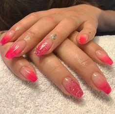 Bella#nails #nail #nails #nails #nailart #nailpro #nailsofinstagram #beautiful #nailshop #naglar #natural