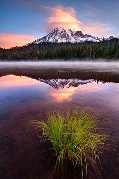 Mt Rainier Cloud Cap - Reflection Lake, Washington