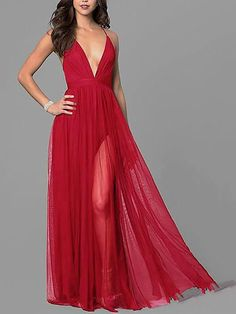 This maxi dress is suitable for women to wear in special occasions in summer, featuring backless with sleeveless and deep v-neck. printed maxi dress,fancy maxi dress,maxi dress fall,pretty maxi dresses #maxidressparty #maxidressesevening #maxidresspartyprom #maxidressoutfit Maxi Dress Wedding, Maxi Dresses, Bridesmaid Dresses, Evening Dresses For Weddings, Red Cocktail Dress, Different Dresses, Casual Dress Outfits, Maxi Dress With Sleeves, Elegant Dresses