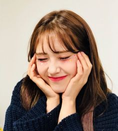 Find images and videos about kpop, ioi and somi on We Heart It - the app to get lost in what you love. Jeon Somi, Oppa Gangnam Style, Kim Sejeong, K Idol, Produce 101, Ulzzang Girl, Korean Girl Groups, Kpop Girls, Asian Girl