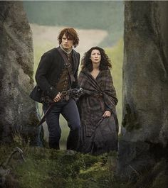 Jamie & Claire at the stones