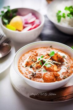 Paneer Makhani most popular North Indian dish.Delicious reach flavor.Restaurant StylePaneer Makhani made withspices,cream,onion,tomato,paneercheese.