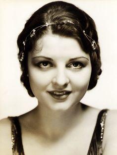 Lilian Bond, headpiece, 1930s
